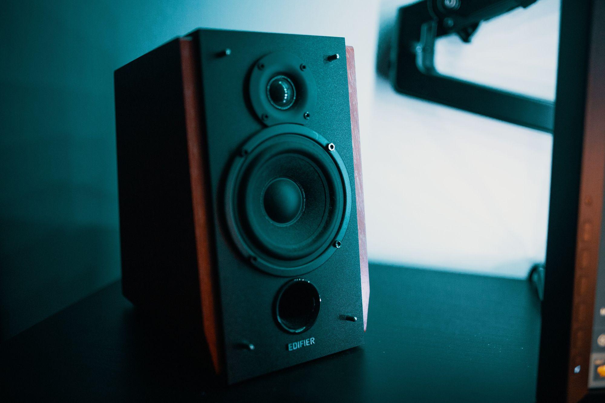 Music video speakers