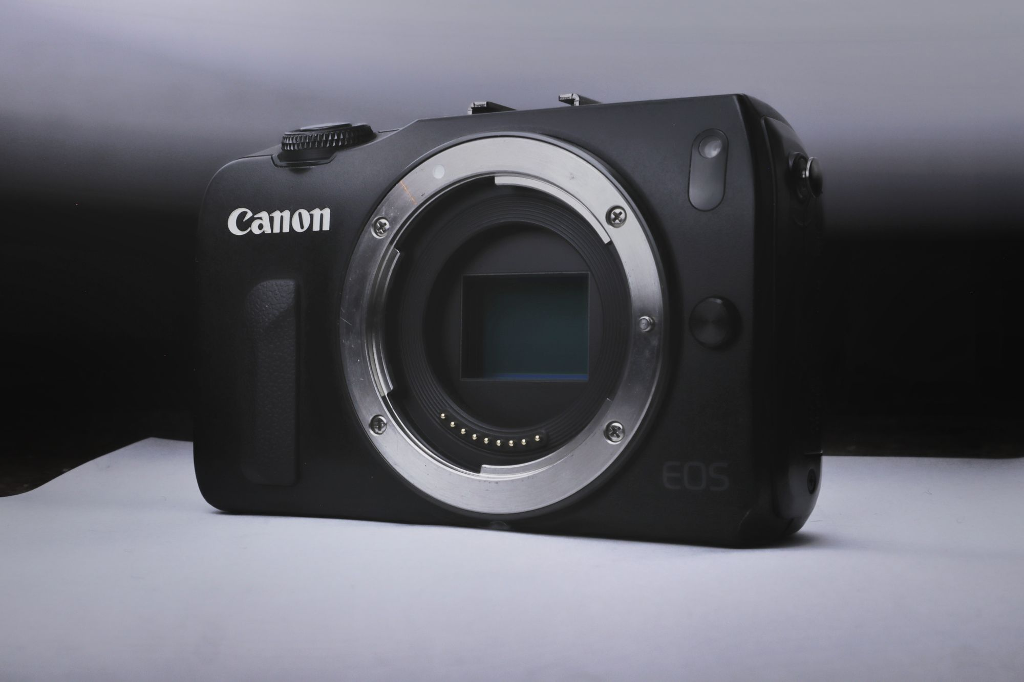 Canon EOS M10 for best music video camera